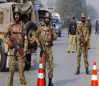 hromedia Pakistan security forces nab 300 terror suspects in aftermath of School massacre intl. news3
