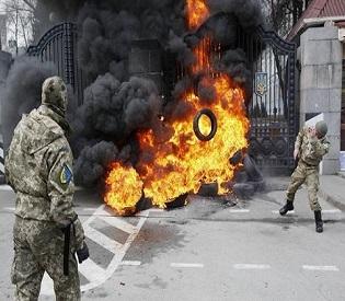 hromedia Pro-Russian insurgents pound Ukrainian troops after peace talks collapse eu news1
