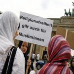 German court overturns ban on headscarves for Muslim women teachers