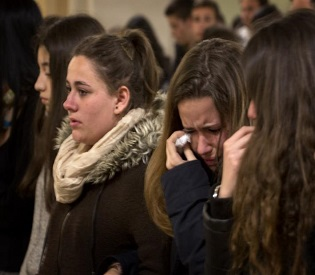 hromedia Germany and Spain mourn the loss 150 people in air crash in the French Alps eu news3