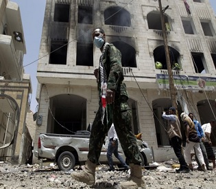 hromedia 10 killed, Fighting continues in Yemeni city despite truce arab uprising3