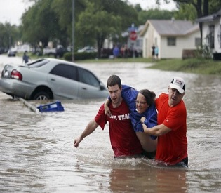 hromedia Death toll rises to 17 in Texas as storms spark record floods intl. news2