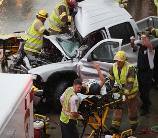 hromedia Tornadoes Roar Across Plains; 12 Injured as Twister Slams Oklahoma City intl. news3