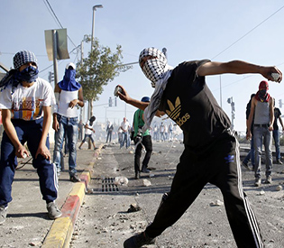 Israel PM vows 'war' on stone-throwers after riotsl