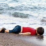 Photos of drowned Syrian boy shock world as refugee crisis grows