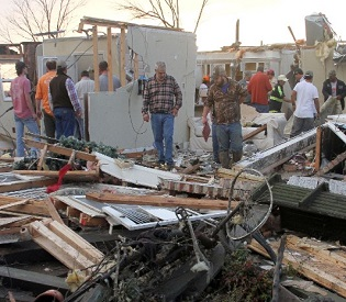 hromedia US storms, 14 People Killed, At Least 40 Injured In trail of destruction intl. news3