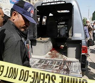 Gunmen kill 7 Pakistani policemen during polio campaign