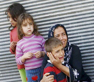 rockets hit Turkish town near Syrian border