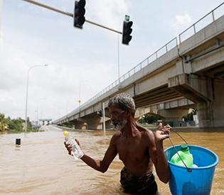 73 dead, scores missing in weeklong Sri Lanka storms