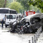 Car bomb targeting police kills 11, wounds 36 in Istanbul