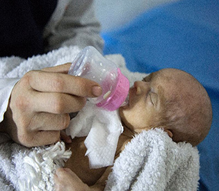 Syria newborns saved by staff after hospital attacks