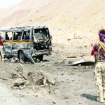 Suicide bombers attack Yemeni army checkpoints, killing 10