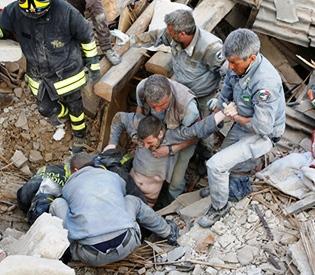 after quake hits Italy
