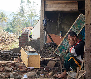 26 dead, 19 missing in Indonesian landslides, floods