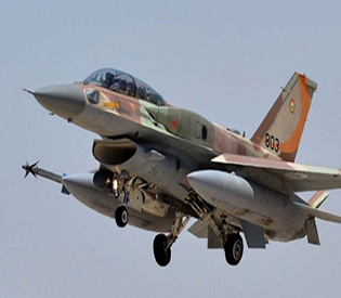 israel-targets-syrian-positions-after-bomb-lands-in-golan-army