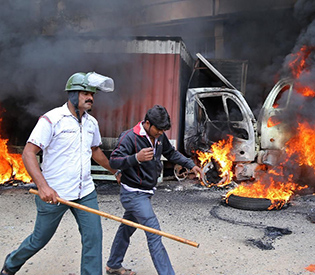 violence-eases-as-curfew-imposed-in-parts-of-bangalore