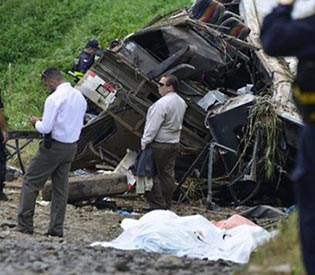 12 killed in Costa Rica bus plunge