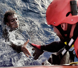 Nine dead as Italy rescues 6,055 migrants on disaster