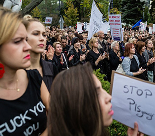 Thousands of Poles rally against proposed near-total abortion ban