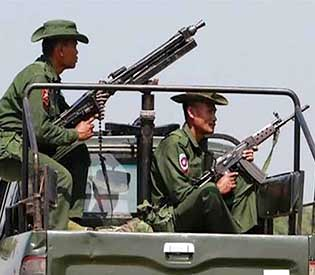 myanmar-defends-military-border