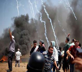 Israeli troops kill four Palestinians as Gaza protest resumes
