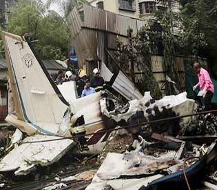 Plane that crashed in Mumbai, killing 5, was under repair