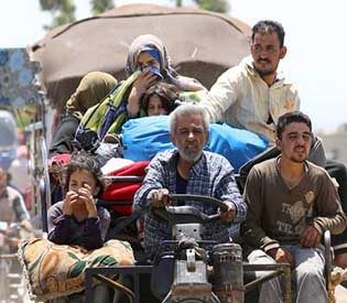 At least 270,000 Syrians flee latest deadly regime offensive