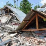 Strong quake kills 14, injures scores, on Indonesia holiday island